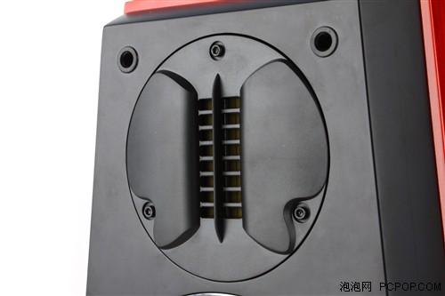 v500的三分频设计是由铝带超高音和同轴低音共同组成,铝带超高音的