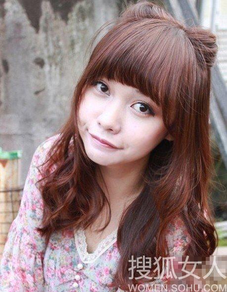 先来个lena在日本杂志上的比对照片,头发上的编发和猫咪耳朵相似度图片