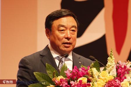 """招商银行行长马蔚华在论坛――""""银行模式转变""""上发表了精彩演讲。"""