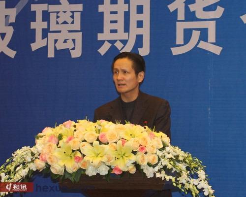 中国建筑玻璃与工业玻璃协会常务副秘书长周志武