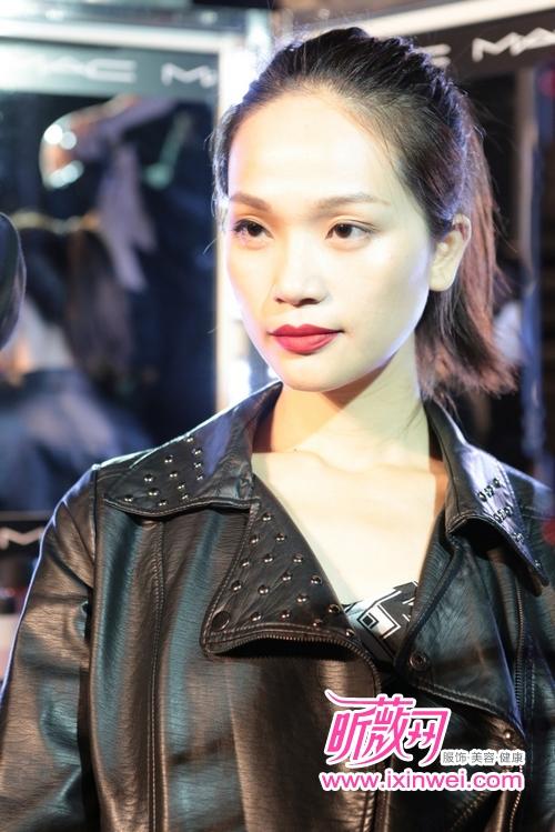 2014 moschino上海大秀模特展示