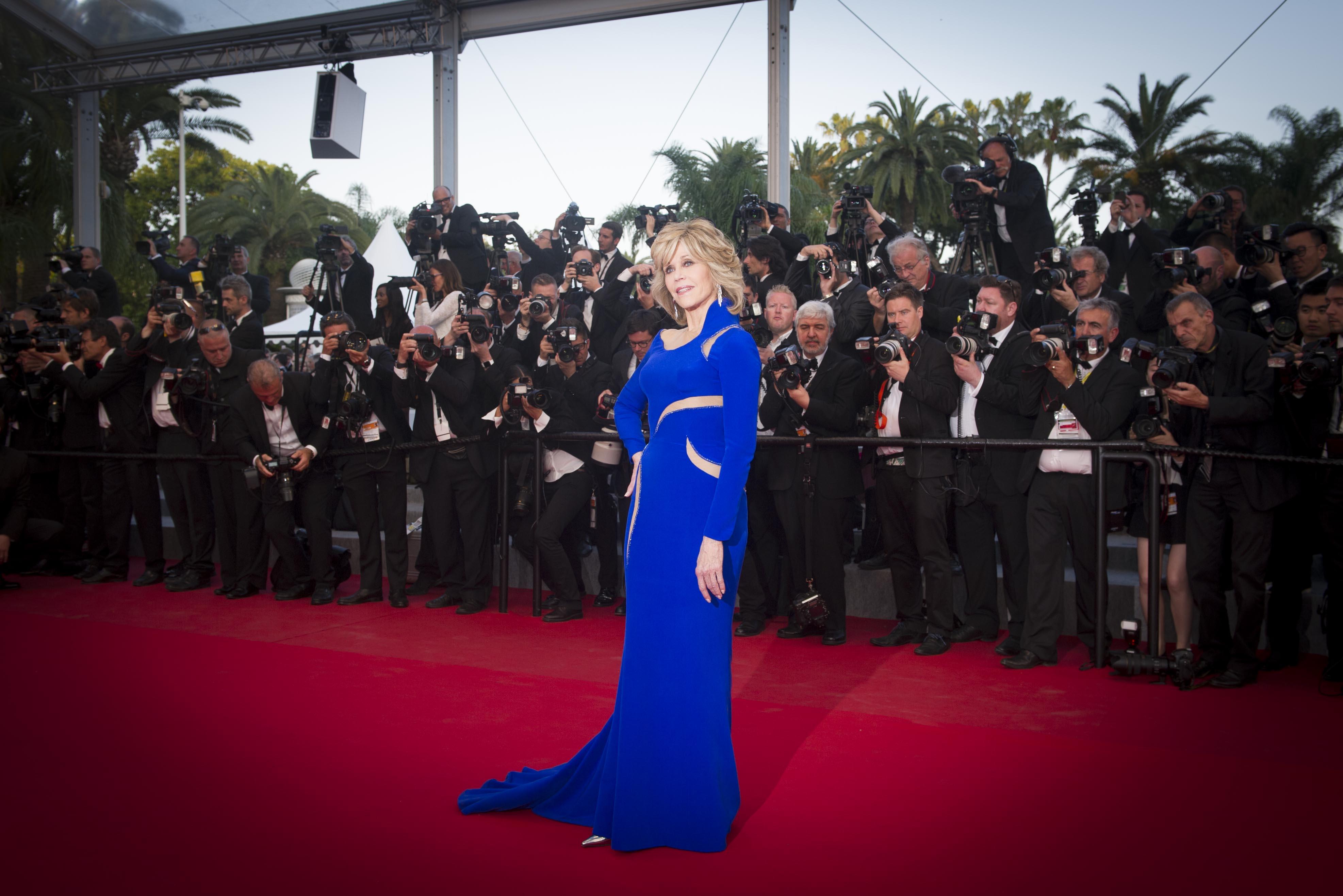 (锐电影)(5)戛纳电影节视角《树海》举行首映式吐血的电影图片
