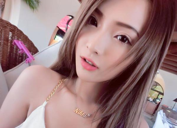 马来西亚甜美女主播nikiki 身材火爆似杨幂