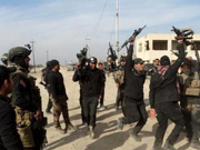 伊拉克总理誓言明年击垮IS