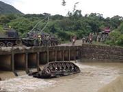 台陆军一坦克操演时翻覆掉入河中